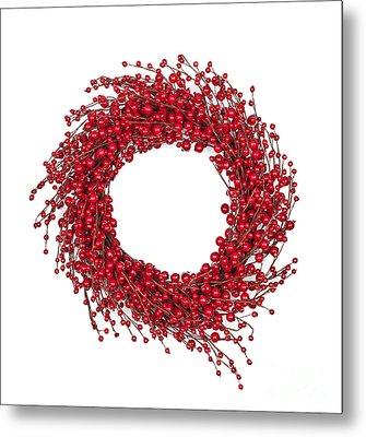 Red Christmas Wreath Metal Print by Elena Elisseeva