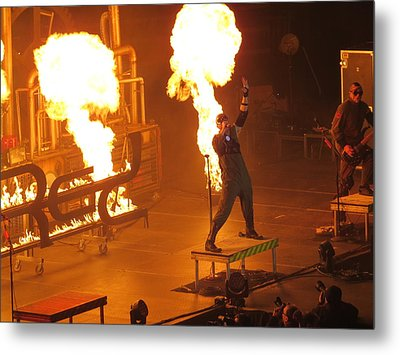 Metal Print featuring the photograph Red Heats Up Winterjam In Atlanta by Aaron Martens