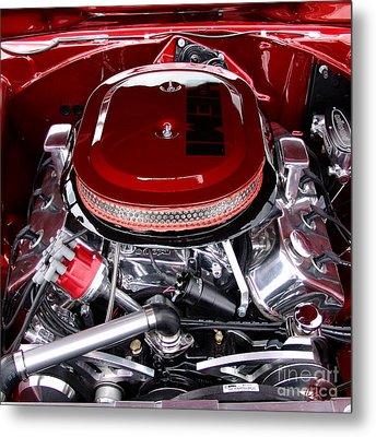 Red Hemi Sq Metal Print by Chris Thomas