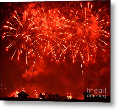 Red Hot Fireworks Metal Print by Darla Wood