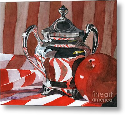 Red In Silver Metal Print by Lynne Reichhart