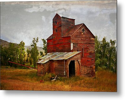 Red Mill Montana Metal Print by Marty Koch