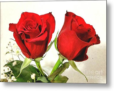 Red Roses 4 Metal Print by Rose Wang