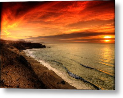 Red Serenity Sunset Metal Print