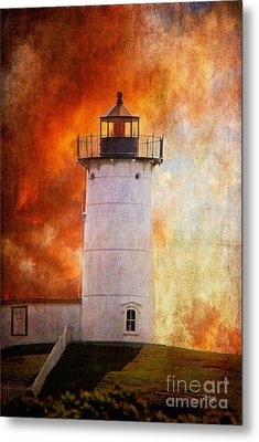 Red Sky At Morning - Nubble Lighthouse Metal Print by Lois Bryan