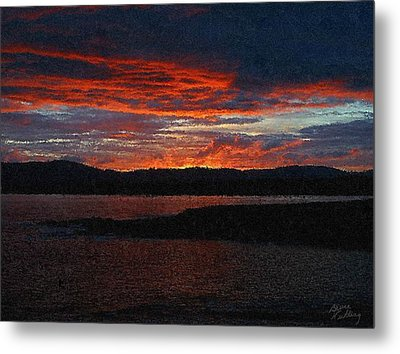 Red Sky At Night Metal Print by Bruce Nutting