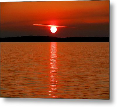 Metal Print featuring the photograph Red Sunset Over Bellingham Bay by Karen Molenaar Terrell