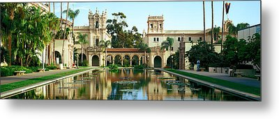 Reflecting Pool In Front Of A Building Metal Print