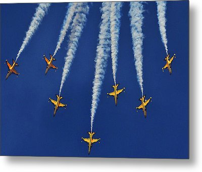 Metal Print featuring the photograph Republic Of Korea Air Force Black Eagles by Science Source