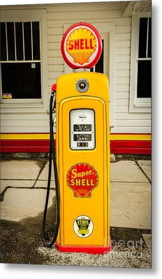 Restored Shell Pump On Route 66 Metal Print