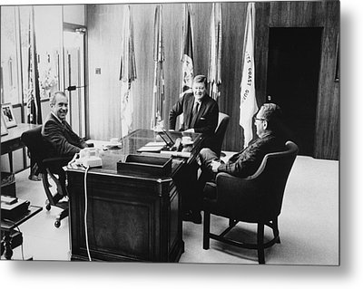 Richard Nixon And Henry Kissinger Metal Print by Everett