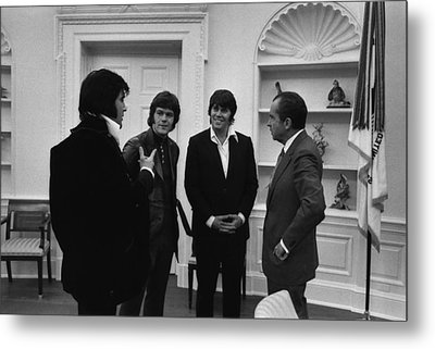 Richard Nixon Meeting Elvis Presley Metal Print by Everett