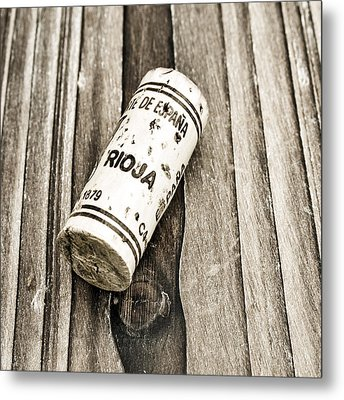 Rioja Wine Cork Metal Print by Frank Tschakert