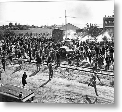 Riots At Cannery Strike Metal Print by Underwood Archives