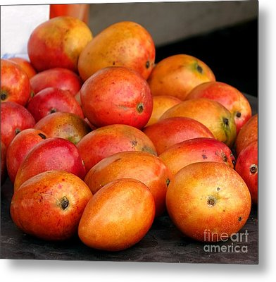Ripe Red Mangoes For Sale Metal Print by Yali Shi