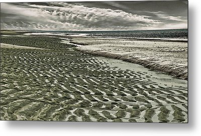 Metal Print featuring the photograph Ripples by Constantine Gregory