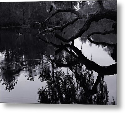 Ripples Of Black And White Metal Print by Warren Thompson