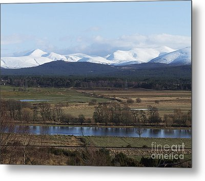 River Spey And Cairngorm Mountains Metal Print by Phil Banks