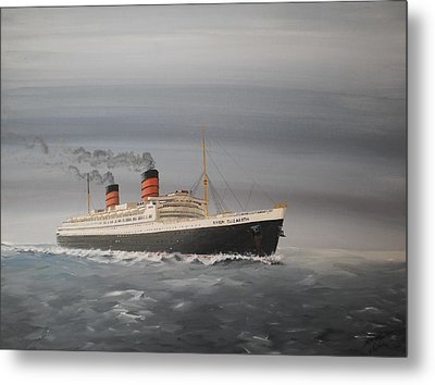 R.m.s Queen Elizabeth Metal Print by James McGuinness
