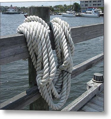 Metal Print featuring the photograph Roanoke Rope by Cathy Lindsey