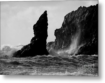 Rock And Wave Metal Print by Deena Otterstetter