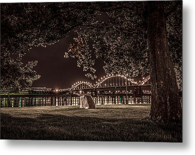 Rock In Leclaire Park Metal Print by Ray Congrove