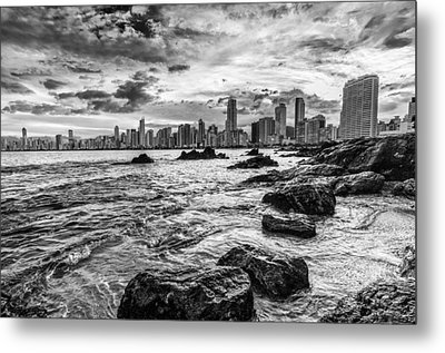 Rocks By The Sea Metal Print