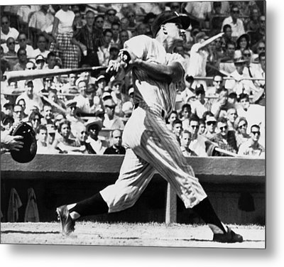Roger Maris Hits 52nd Home Run Metal Print by Underwood Archives