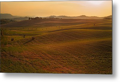 Metal Print featuring the photograph Tuscany - Rolling by Francesco Emanuele Carucci