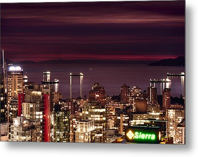Metal Print featuring the photograph Romantic English Bay Mdcci by Amyn Nasser