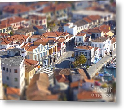 Rooftops Metal Print by Vicki Spindler