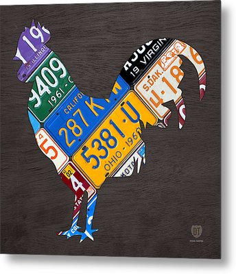 Rooster Recycled License Plate Art On Gray Wood Metal Print by Design Turnpike
