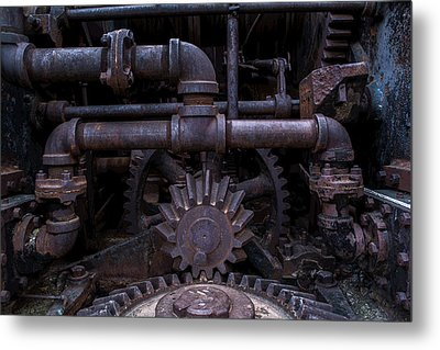 Metal Print featuring the photograph Rotary Tribute by Rhys Arithson