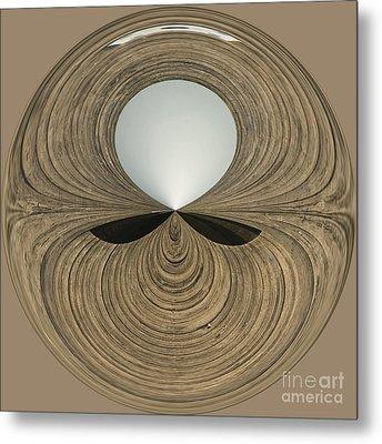 Round Wood Metal Print by Anne Gilbert