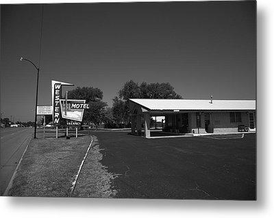 Route 66 - Western Motel 8 Metal Print by Frank Romeo