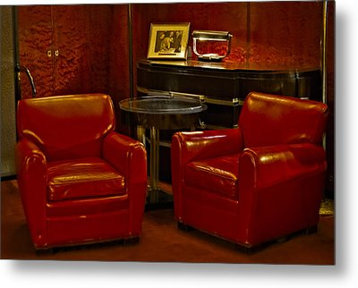 Roxy Suite Metal Print by Susan Candelario