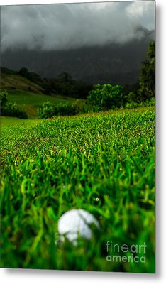 Metal Print featuring the photograph Royal Hawaiian Golf by Angela DeFrias