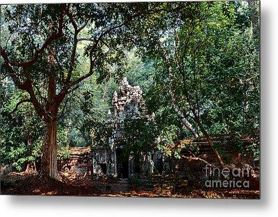 Ruin At Angkor Wat Metal Print