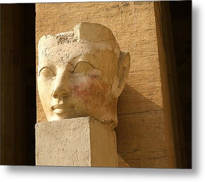 ruined head of Hatshepsut Metal Print by Brenda Kean