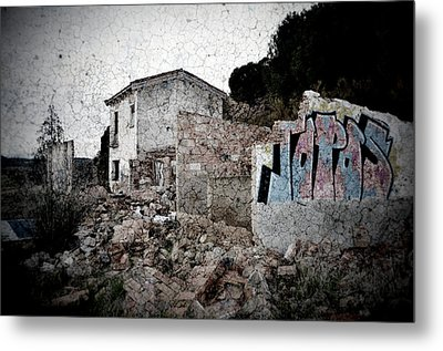 Ruins Of An Abandoned Farm House Metal Print by RicardMN Photography
