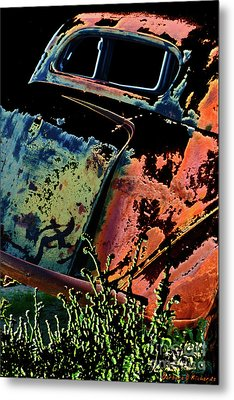 Rumble Seat Metal Print by Barbara D Richards