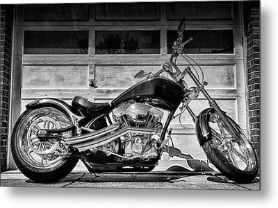 Run With The Pack Metal Print by Peter Chilelli
