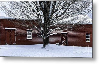 Rural Farmhouse Simplicity - A Winter Scenic Metal Print by Thomas Schoeller