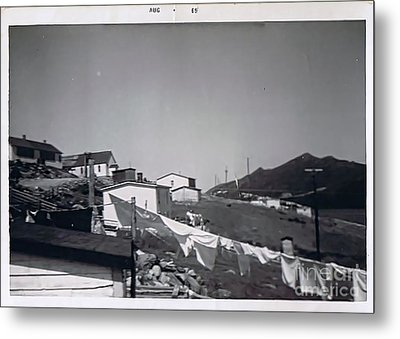 Rural Washday 1969 - Nostalgic Memories Metal Print by Barbara Griffin