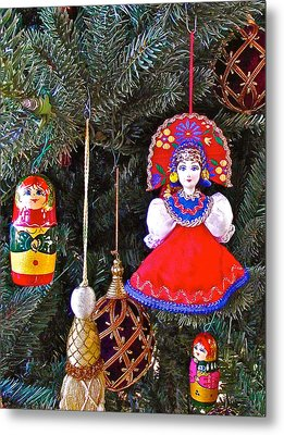 Russian Christmas Tree Decoration In Fredrick Meijer Gardens And Sculpture Park In Grand Rapids-mi Metal Print by Ruth Hager