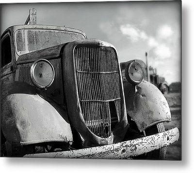 Metal Print featuring the photograph Rustic Beauty by Micki Findlay