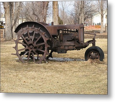 Rusty Case Tractor Metal Print by Steven Parker