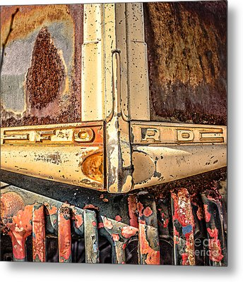 Rusty Old Ford Metal Print by Edward Fielding