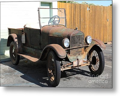 Rusty Old Ford Jalopy 5d24641 Metal Print by Wingsdomain Art and Photography