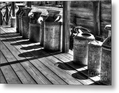 Rusty Western Cans Bw Metal Print